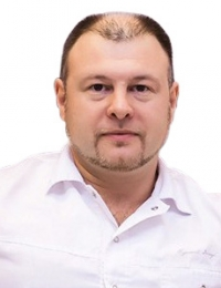 Пластический хирург Александр Дмитриев